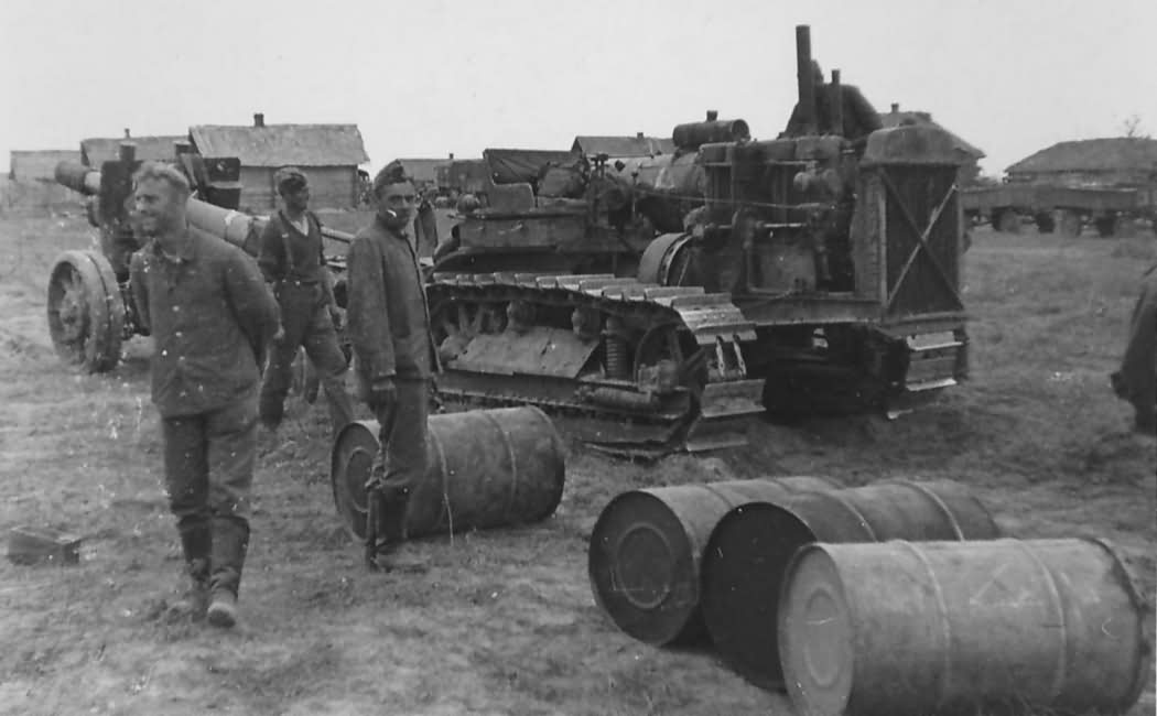 Russian Stalinetz S-60 tractor 1942