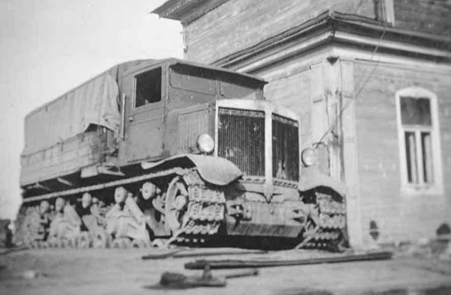 Russian Voroshilovets artillery tractor