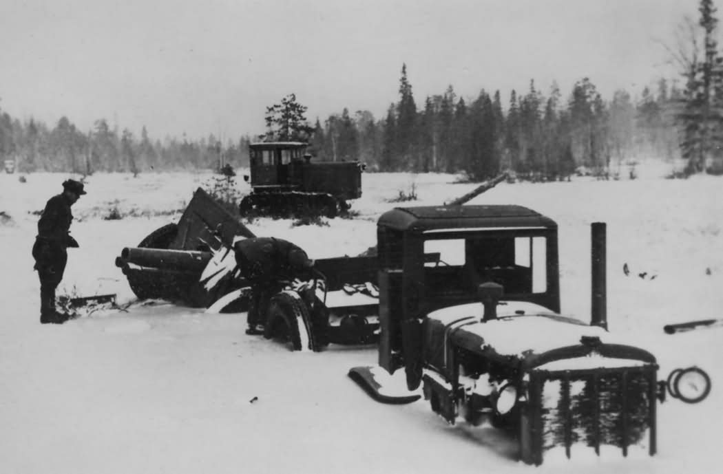 Stalinetz S-65 Russia winter 1941