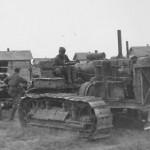 Russian Stalinetz S-60 tractor 1942 towing gun