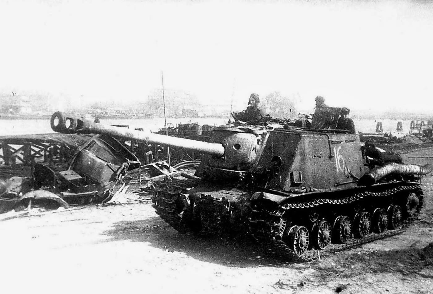 ISU-122S.3rd_Belorussian_Front_Konigsber