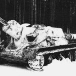 Su-122 with provisional winter camouflage