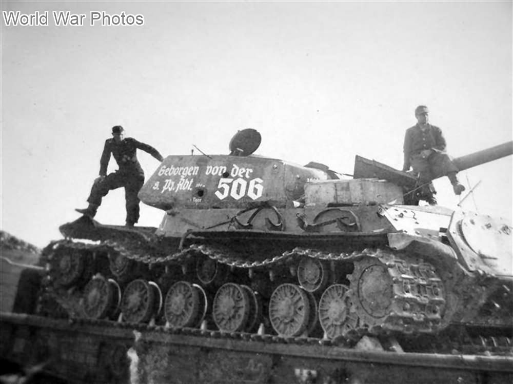 IS-2 captured and recovered by Schwere Panzer-Abteilung 506 May 1944