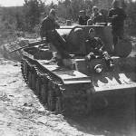 German troops inspect heavy tank KV-1 3