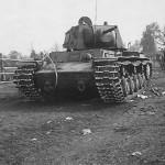 KV1 heavy tank with extra armor