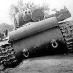 KV1 tank rear view photo