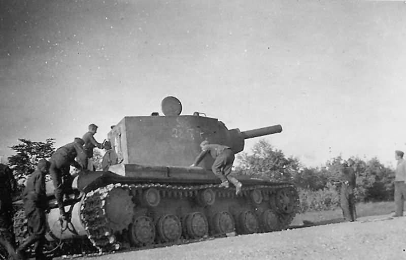KV-2 Kliment Voroshilov tank