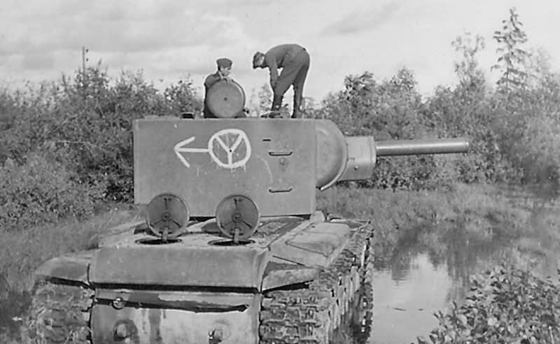 KV2 tank with markings: 12th Panzer division