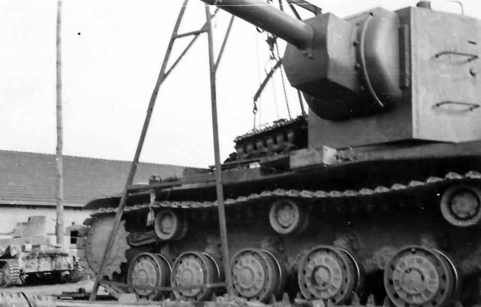Soviet heavy breakthrough tank KV2
