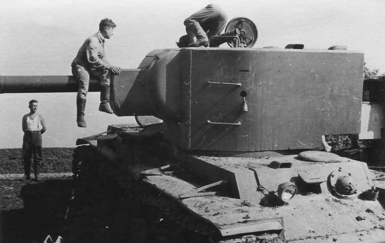 Soviet heavy tank KV-2 Kliment Voroshilov