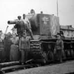 German Pz.Kpfw KV-2 754(r) tank beute panzer – Swastika and balkenkreuz on the rurret side