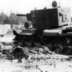 Destroyed tank KV2 8