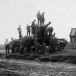 Tank KV2 eastern front 1941 photo