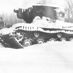 Tank KV2 in winter