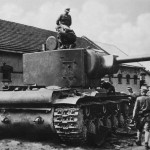 captured soviet heavy tank KV-2