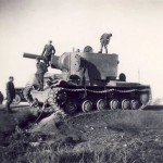 kv-2 heavy tank and wehrmacht soldiers 2