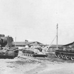KV-2 and T-34 tanks in german service – Germany 1942