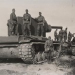 KV-2 tanks and wehrmacht soldiers