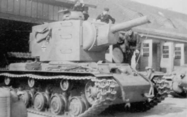 KV-2 tank in german service – tank of the Panzer-Kompanie z.b.V. 66, Neuruppin 1942