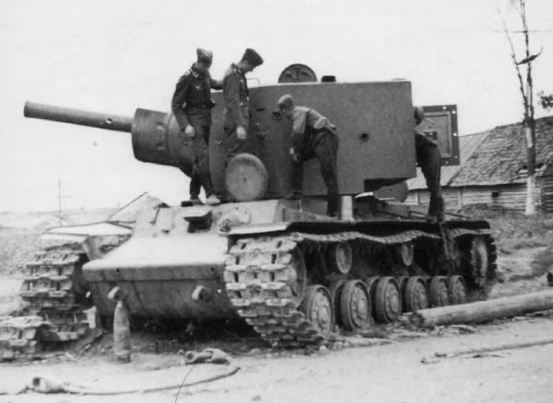 Tank KV-2 model 1941 destroyed 11