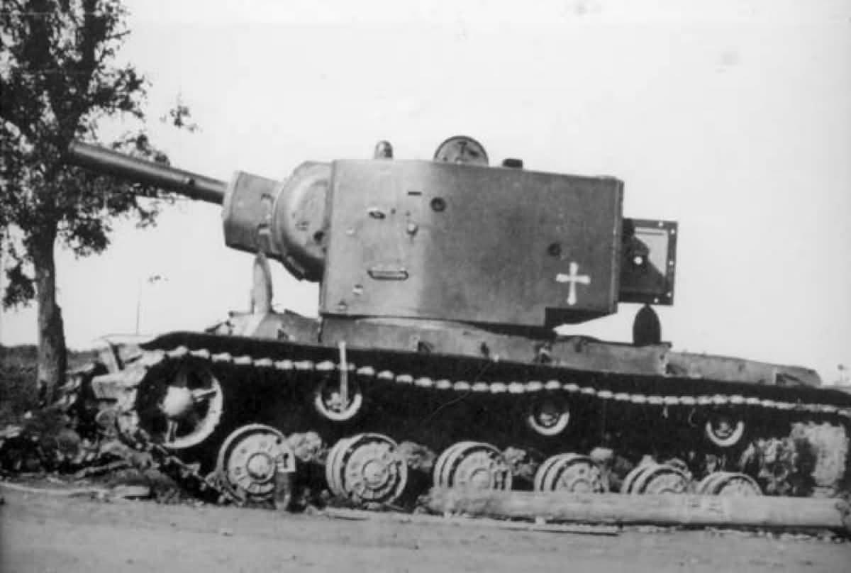 Soviet heavy breakthrough tank KV-2 1941
