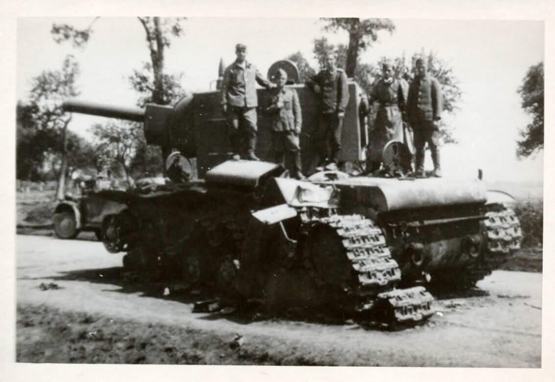 KV-2 russian heavy tank