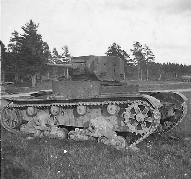 T 26 abandoned soviet tank