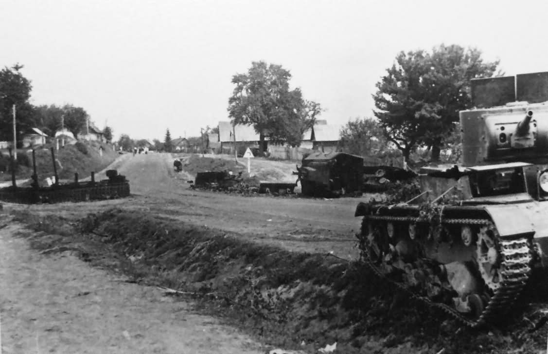T-26 and KV-2 tanks Eastern Front – Barbarossa 1941