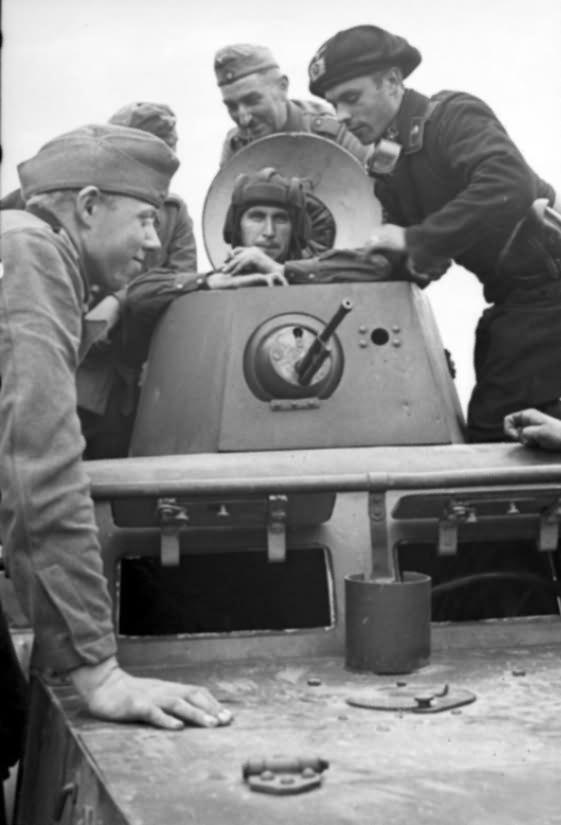 t 26 polen treffen deutscher und sowjetischer soldaten