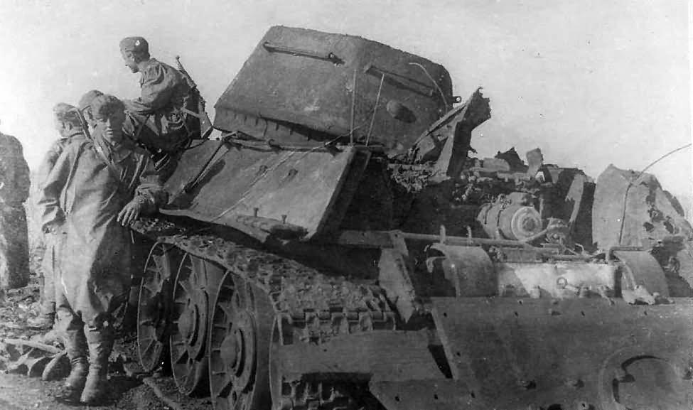 Soviet T-34 tank model 1942