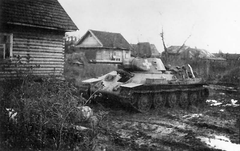 T-34 tank in German Service 1942 Staraja Russa