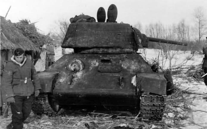 T-34 tank plant 183 1942
