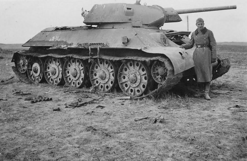 abandoned soviet tank T-34/76 model 1941 5