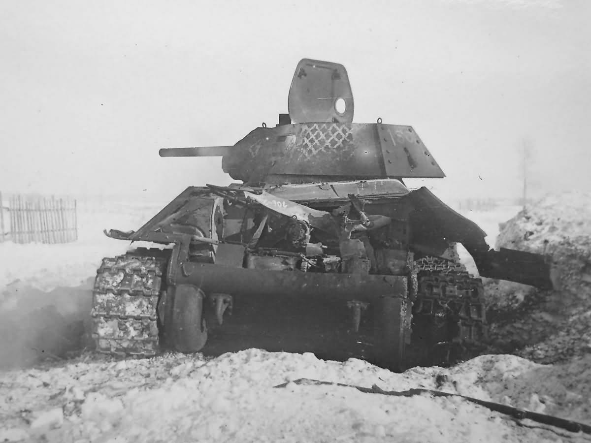 destroyed soviet T-34/76 mod 1941 tank