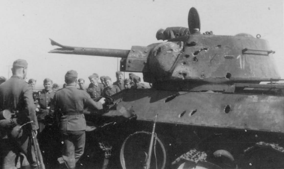 destroyed soviet T-34 tank