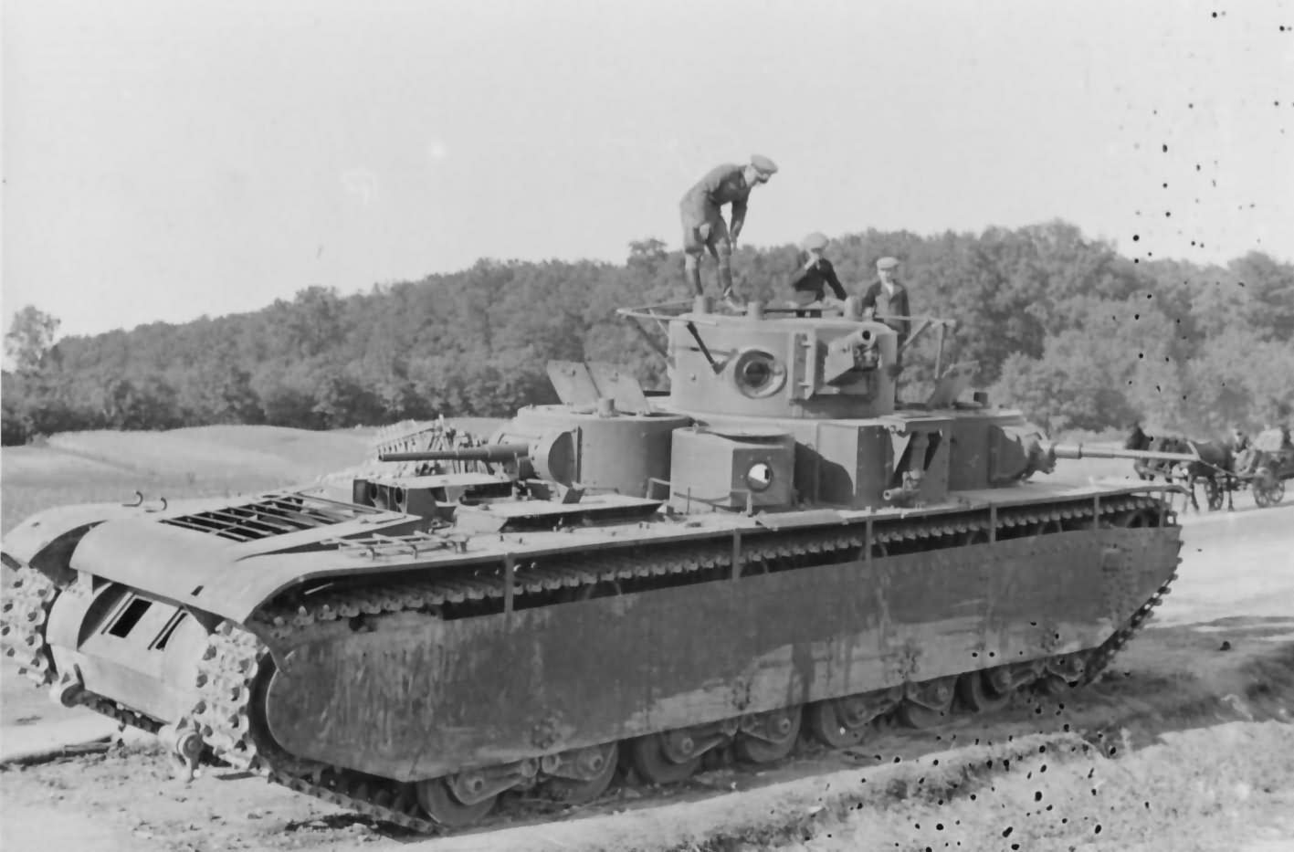 T-35_soviet_heavy_tank_5.jpg