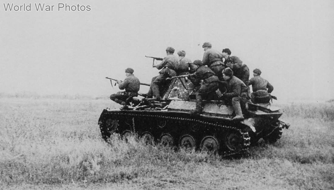 Russian troops riding on the T-70 tank, 1942